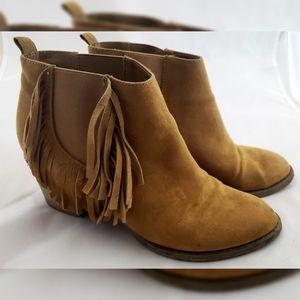COPY - COPY - American Eagle Tan Leather Fringe B…